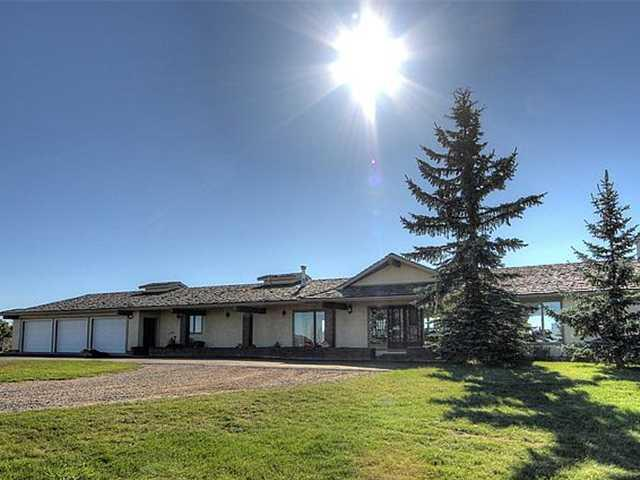 Rural Foothills M.D. - Rural Calgary Real Estate & Acreage for Sale